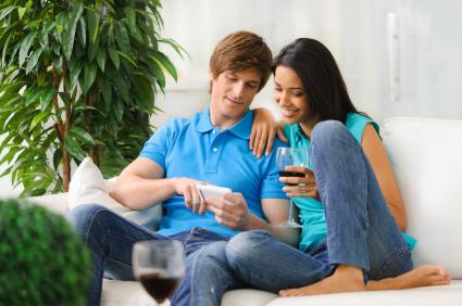 Kombi-Angebote: Handyanbieter gewähren ansehnliche Preisvorteile